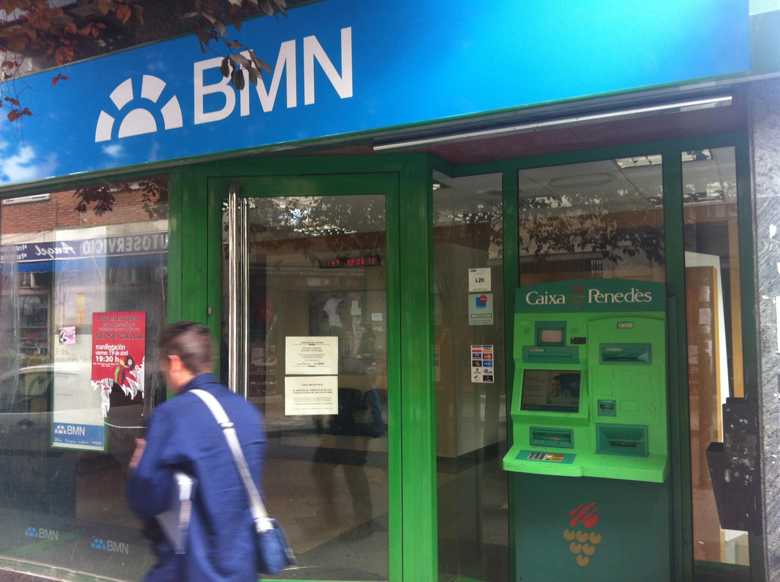 Junio 2013 monteigueldo 39 s blog for Oficinas de bankia en granada