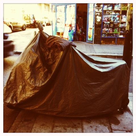 Moto cubierta