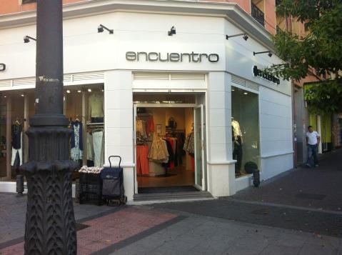 tienda de moda casual