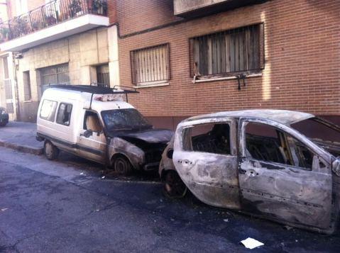 una vivienda y tres coches fueron afectados